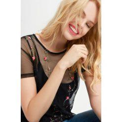 T-shirty damskie: Siateczkowa koszulka z haftem
