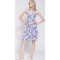 Sukienki: Biało-Różowa Sukienka Blue Moment