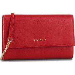 Torebka COCCINELLE - CW5 Metallic Soft E2 CW5 11 07 01 Coquelicot R09. Czerwone torebki klasyczne damskie Coccinelle, ze skóry. Za 749,90 zł.