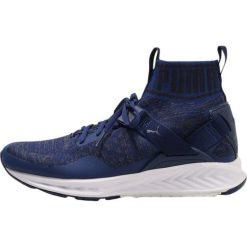 Puma IGNITE EVOKNIT Obuwie do biegania treningowe blue depths/quiet shade/peacoat. Niebieskie buty do biegania damskie Puma, z materiału. W wyprzedaży za 384,30 zł.