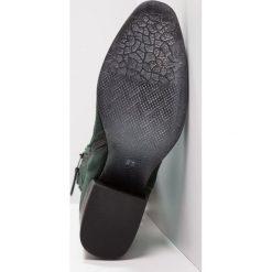 MJUS Kozaki lichene. Zielone buty zimowe damskie MJUS, z materiału. W wyprzedaży za 383,40 zł.