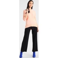 Swetry damskie: Dorothy Perkins SLOUCHY SEAM DETAIL JUMPER Sweter apricot