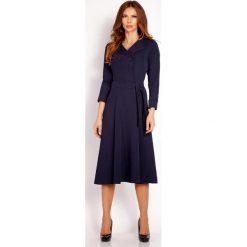 Odzież damska: Granatowa Sukienka Midi z Wykładanym Kołnierzem