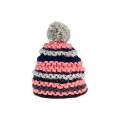 Czapka damska kolorowa na zimę  różowa. Czerwone czapki zimowe damskie Art of Polo, na zimę, w kolorowe wzory. Za 30,84 zł.
