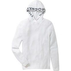 Sweter z kapturem Slim Fit bonprix biały. Białe swetry klasyczne męskie marki bonprix, l, z haftami, z kapturem. Za 109,99 zł.
