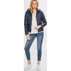 Answear - Jeansy. Niebieskie jeansy damskie ANSWEAR. W wyprzedaży za 89,90 zł.