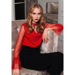 Czerwona Bluzka Bad At Love. Czerwone bluzki asymetryczne other, uniwersalny, z długim rękawem. Za 59,99 zł.