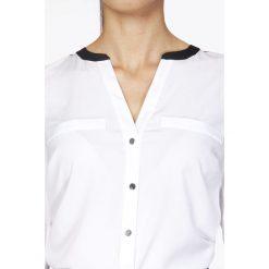 Bluzki damskie: Biała Elegancka Koszulowa Bluzka z Kontrastowym Karczkiem