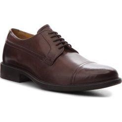 Półbuty GEOX - U Carnaby G U64W1G 00043 C6006 Dk Brown. Brązowe buty wizytowe męskie Geox, z materiału. Za 479,00 zł.