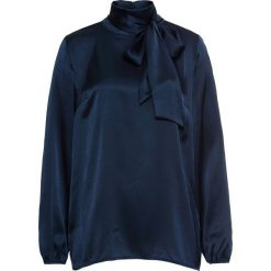 Bluzka bonprix ciemnoniebieski. Niebieskie bluzki longsleeves marki bonprix, eleganckie, ze stójką. Za 54,99 zł.