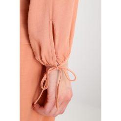 Bluzki asymetryczne: IVY & OAK Bluzka dusty blush