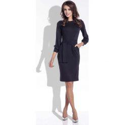 Sukienki: Czarna Sukienka Ołówkowa z Wiązanym Paskiem