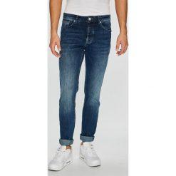 Review - Jeansy Simon. Niebieskie jeansy męskie Review. Za 499,90 zł.