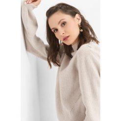 Prążkowany sweter z półgolfem. Brązowe swetry klasyczne damskie marki Orsay, s, z dzianiny. Za 99,99 zł.