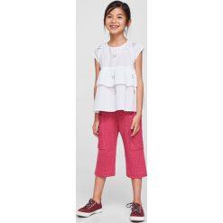 Mango Kids - Top dziecięcy Telat 110-164 cm. Szare bluzki dziewczęce bawełniane Mango Kids, z aplikacjami, z okrągłym kołnierzem, z krótkim rękawem. W wyprzedaży za 49,90 zł.