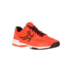Buty tenisowe TS990 męskie na mączkę ceglaną. Czerwone buty do tenisa męskie marki ARTENGO, z gumy. W wyprzedaży za 179,99 zł.