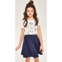 Rozkloszowana spódnica - Granatowy. Niebieskie spódniczki dziewczęce Reserved. W wyprzedaży za 24,99 zł.