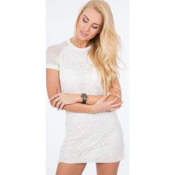 Kremowa Sukienka z Koronką BB5247. Białe sukienki Fasardi, l, w koronkowe wzory, z koronki. Za 59,00 zł.