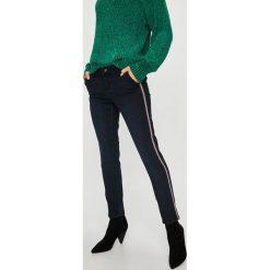 Medicine - Jeansy Basic. Niebieskie proste jeansy damskie MEDICINE. Za 119,90 zł.