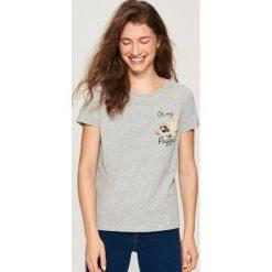 T-shirt z mopsem - Jasny szar. Szare t-shirty damskie marki Sinsay, l. W wyprzedaży za 14,99 zł.