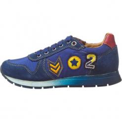 """Sneakersy """"Artur"""" w kolorze granatowym. Niebieskie trampki chłopięce Naturino, z aplikacjami, z materiału, na sznurówki. W wyprzedaży za 172,95 zł."""