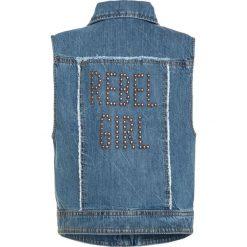Sisley Kamizelka blue denim. Niebieskie kurtki dziewczęce przeciwdeszczowe Sisley, z bawełny. W wyprzedaży za 135,85 zł.