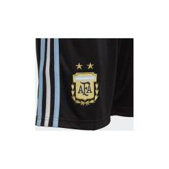 Szorty i Bermudy Dziecko adidas  Replika szortów podstawowych reprezentacji Argentyny. Czarne spodenki chłopięce Adidas. Za 159,00 zł.