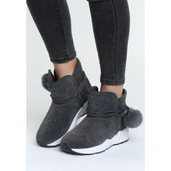 Szare Śniegowce Diamond Heart. Szare buty zimowe damskie marki Born2be, z tworzywa sztucznego, na niskim obcasie. Za 49,99 zł.