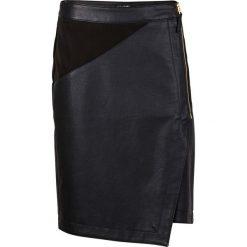 Spódniczka ze sztucznej skóry bonprix czarny. Czarne spódniczki asymetryczne bonprix, z materiału, midi. Za 89,99 zł.