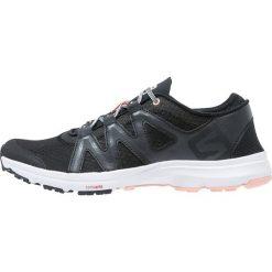 Salomon CROSSAMPHIBIAN SWIFT  Obuwie do sportów wodnych black/phantom/peach nectar. Czarne buty sportowe damskie Salomon, z gumy, żeglarskie. Za 439,00 zł.