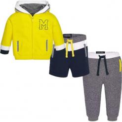 3-częściowy zestaw - bluza, szorty, spodnie. Białe bluzy chłopięce marki Mayoral. W wyprzedaży za 109,95 zł.