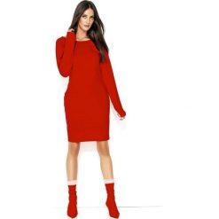 Czerwona Codzienna Sukienka o Prostym Kroju z Ozdobnymi Przeszyciami. Szare sukienki balowe marki bonprix, melanż, z dresówki, z kapturem, z długim rękawem, maxi. Za 122,90 zł.