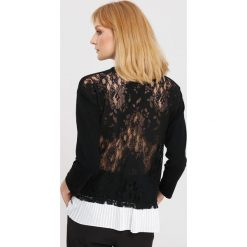 Czarny Sweter Beautiful Mind. Czarne swetry klasyczne damskie marki other, na jesień, l. Za 74,99 zł.