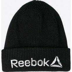 Reebok - Czapka. Czarne czapki zimowe męskie Reebok, na zimę, z bawełny. W wyprzedaży za 59,90 zł.