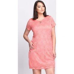 Sukienki: Koralowa Sukienka Feels So Right