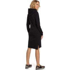 JARDENA Luźna sukienka kangurka - czarna. Czarne długie sukienki Moe, s, sportowe, z kapturem, z długim rękawem, dopasowane. Za 169,90 zł.