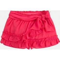 Mayoral - Szorty dziecięce 98-134 cm. Czerwone szorty damskie Mayoral, z bawełny, casualowe. Za 129,90 zł.