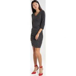 Sukienki hiszpanki: Kaffe ODESSA INDIA  Sukienka etui silve / black
