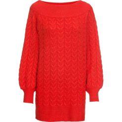 """Długi sweter z dekoltem """"carmen"""" bonprix truskawkowy. Niebieskie swetry klasyczne damskie marki bonprix, na lato, w kwiaty, z asymetrycznym kołnierzem. Za 99,99 zł."""