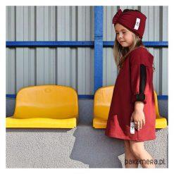 Sukienka z lampasem. Brązowe sukienki dziewczęce z falbanami Pakamera. Za 60,00 zł.
