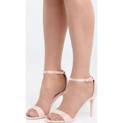Różowe Sandały Let Her Know. Czerwone sandały damskie Born2be, z materiału, na wysokim obcasie, na obcasie. Za 79,99 zł.