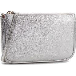 Torebka COCCINELLE - CV3 Mini Bag E5 CV3 55 E1 07 Silver Y69. Szare listonoszki damskie Coccinelle, ze skóry, na ramię, bez dodatków. W wyprzedaży za 489,00 zł.