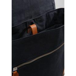 KIOMI Torba na ramię navy. Niebieskie torby na laptopa KIOMI, na ramię, małe. W wyprzedaży za 136,95 zł.
