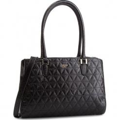 Torebka GUESS - HWSG71 81080 BLACK. Czarne torebki klasyczne damskie Guess, z aplikacjami, ze skóry ekologicznej. Za 679,00 zł.