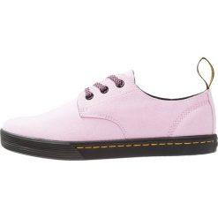 Trampki damskie slip on: Dr. Martens SANTANITA 3 EYE SHOE Tenisówki i Trampki mallow pink