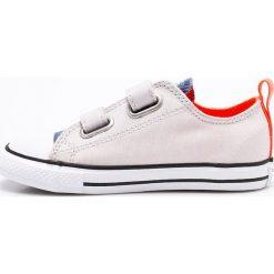 Converse - Tenisówki dziecięce. Szare buty sportowe chłopięce Converse, z materiału. W wyprzedaży za 149,90 zł.