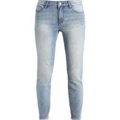 Armani Exchange Jeans Skinny Fit indigo denim. Niebieskie jeansy damskie relaxed fit Armani Exchange, z bawełny. W wyprzedaży za 384,30 zł.