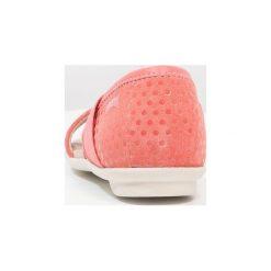 Camper RIGHT Sandały medium pink. Czerwone sandały chłopięce Camper, z materiału. Za 269,00 zł.