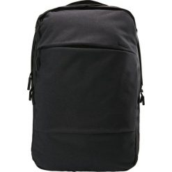 Incase CITY COMMUTER BACKPACK Plecak black. Czarne plecaki męskie Incase. Za 759,00 zł.