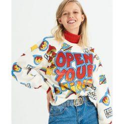 Bluza z kolorowym nadrukiem all over - Kremowy. Białe bluzy rozpinane damskie Sinsay, l, w kolorowe wzory. Za 49,99 zł.